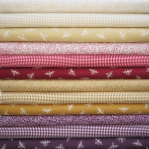 Andover French Chateau & Bee 12 fat quarter pack 1
