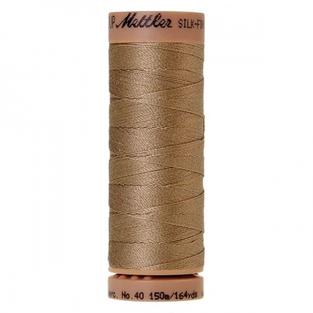 0285 - Caramel cream Mettler Silk Finish 40 quilting thread 150m