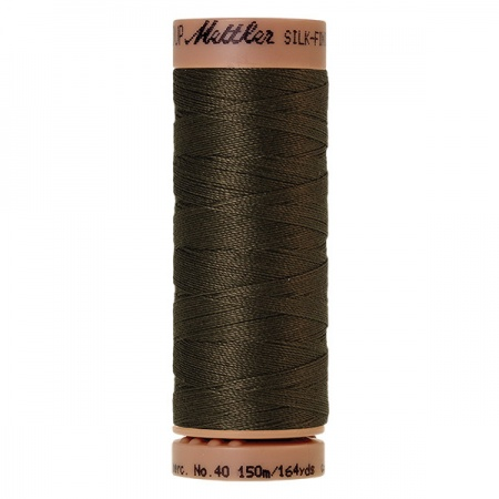 1043 - Olive Mettler Silk Finish 40 quilting thread 150m